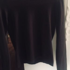 NEIMAN MARCUS EXCLUSIVE  100% CASHMERE SWEATER